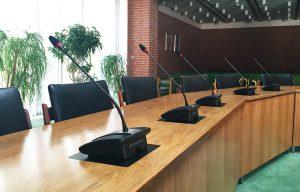 Nye mikrofoner i byrådssal